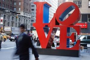 Escultura Love en Nueva York